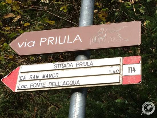 segnaletica-via-priula-apiediperilmondo
