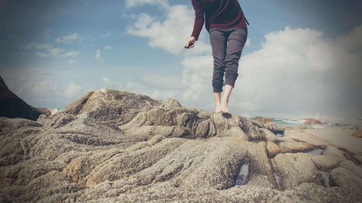Earthing a piedi nudi. Curarsi con l'energia della terra. La più importante scoperta di tutti i tempi sulla salute?