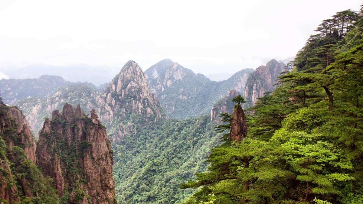 trekking sulla Montagna Gialla