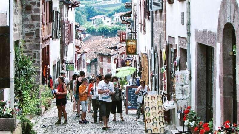 Cammino di santiago o cammino francese apiediperilmondo - Office du tourisme st jean pied de port ...